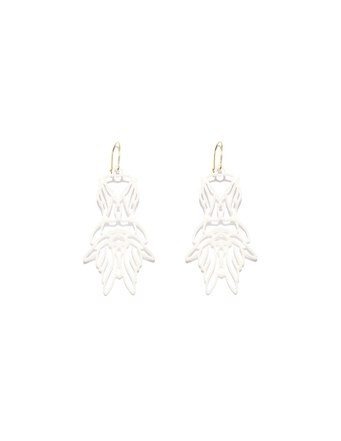 Shop-Approximations-earrings-APPEW-YIV_01